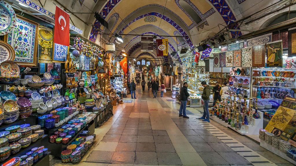grand-bazaar-istanbul-turkey-05_08_983724